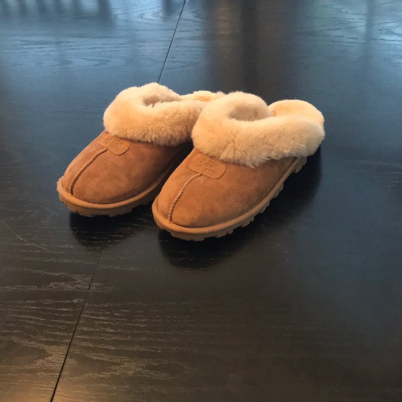 5139011f621 UGG Coquette Slippers size 7